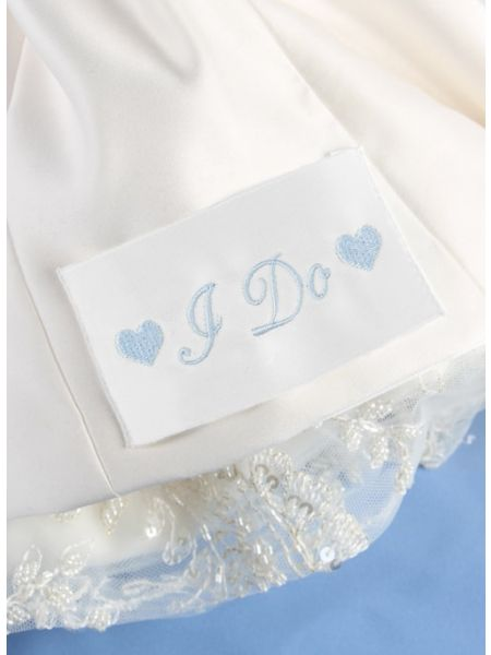 I Do w/Hearts Dress Label, White