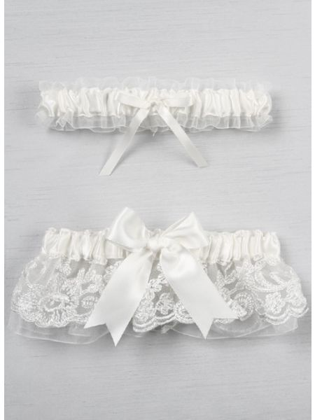Chantilly Lace  Bridal Garter Set, White