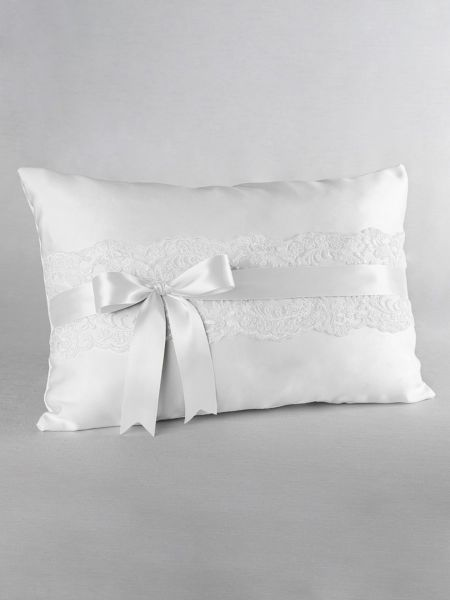Chantilly Lace Kneeling Pillow